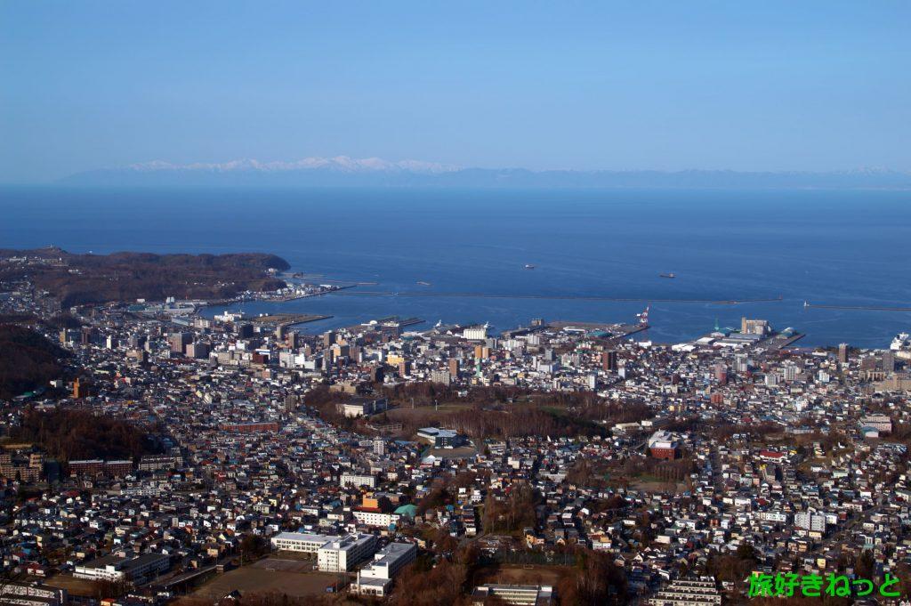 小樽天狗山、冬期間の通行止め解除され車で訪れる人も多かった