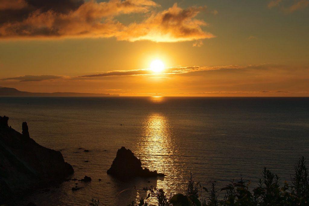 小樽『祝津パノラマ展望台』夕日の日本海や星空が綺麗!デートにオススメの場所